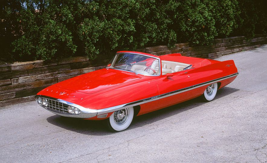 The Greatest Concept Cars of the 1950s - Slide 9