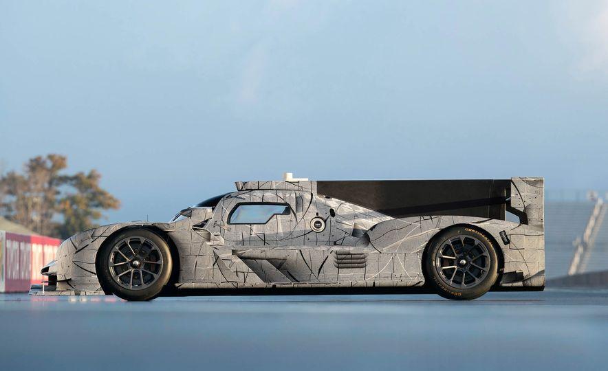 Cadillac DPi-V.R prototype race car - Slide 13