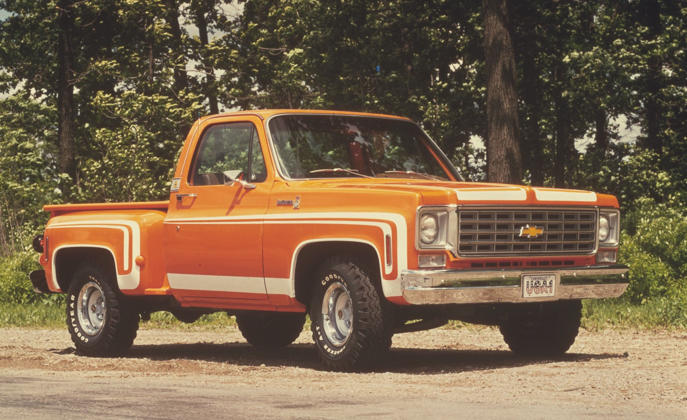 Mondo Macho Special Edition Trucks Of The 70s K Billys Super 1983 Chevy Silverado Crew Cab Badge And Stripe Jobs