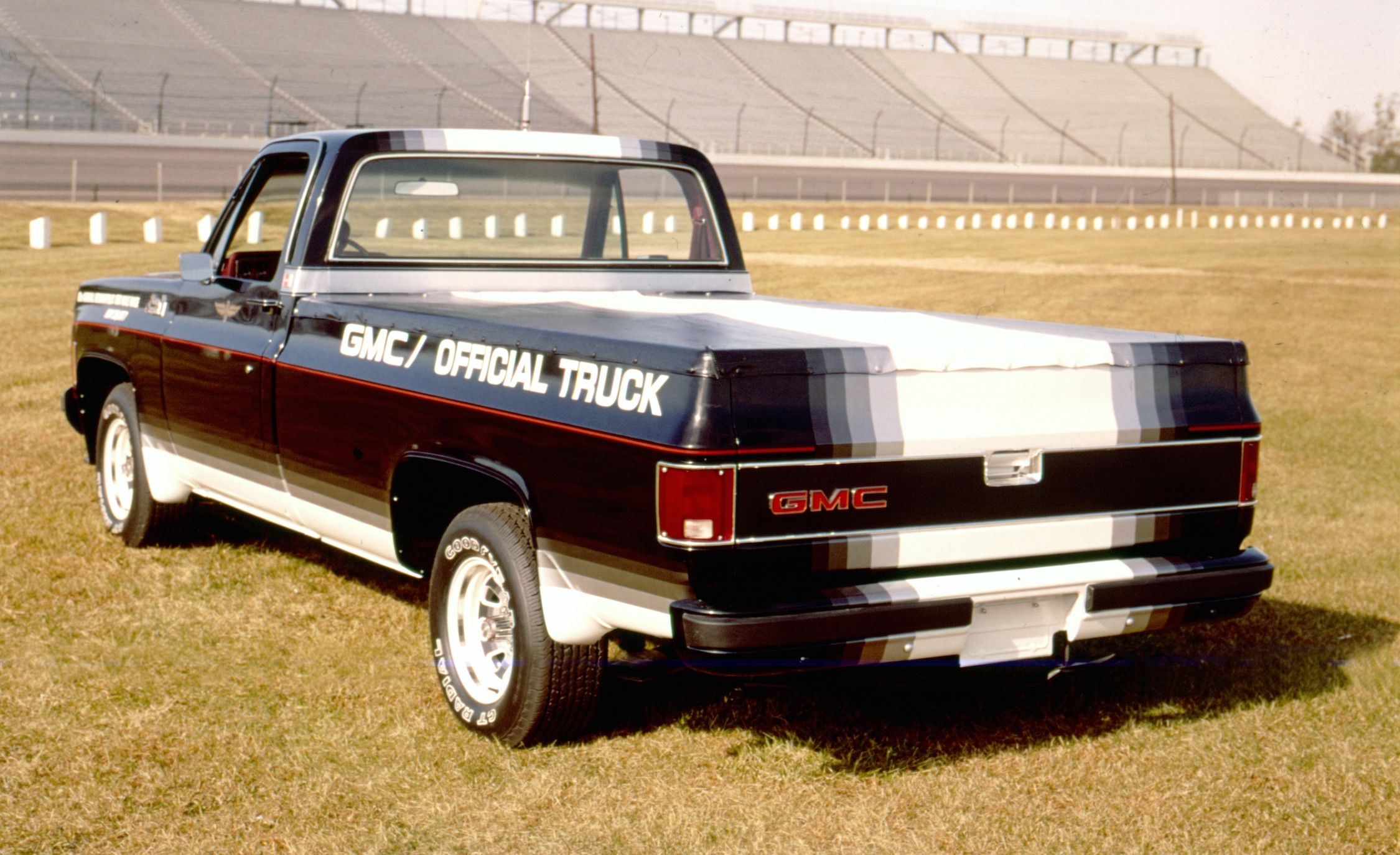 Mondo Macho Special Edition Trucks Of The 70s K Billys Super 1976 Chevy Truck 4x4 Badge And Stripe Jobs