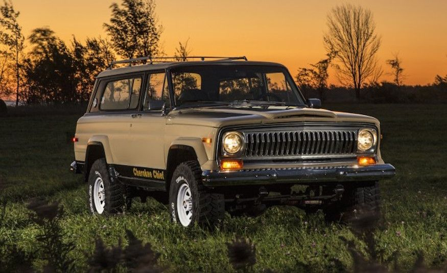 25 Wild 1970s-Era Special-Edition Pickups and SUVs - Slide 22