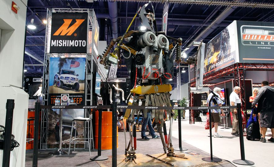 The Best of SEMA 2016, Day Two: A Five-Wheeled Motorcycle, an Electric Datsun, and More - Slide 13