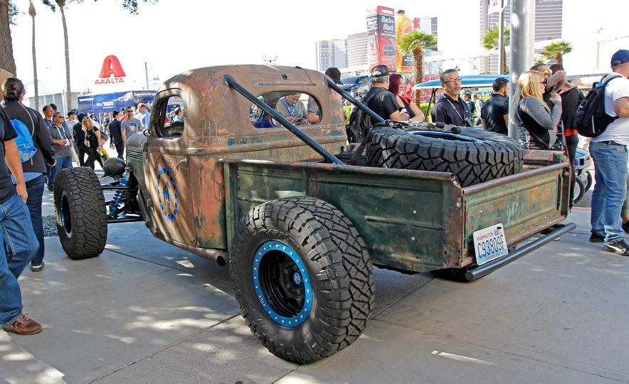 The Best of SEMA 2016, Day Two: A Five-Wheeled Motorcycle, an Electric Datsun, and More - Slide 5