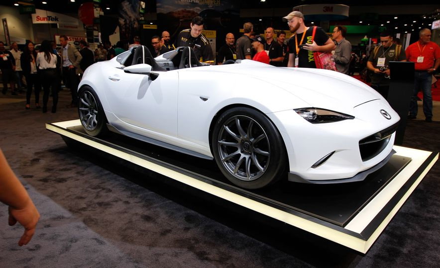 Mazda MX-5 Miata Speedster concept - Slide 1