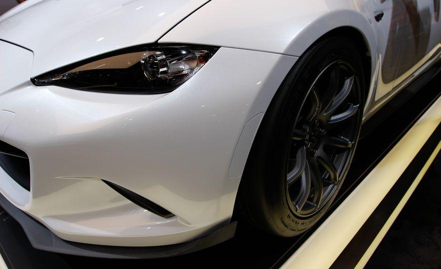 Mazda MX-5 Miata Speedster concept - Slide 4