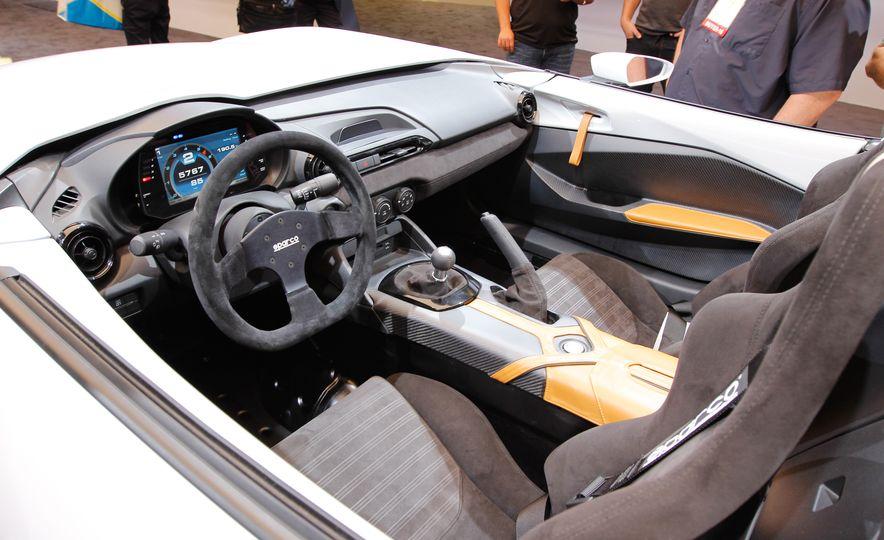 Mazda MX-5 Miata Speedster concept - Slide 6