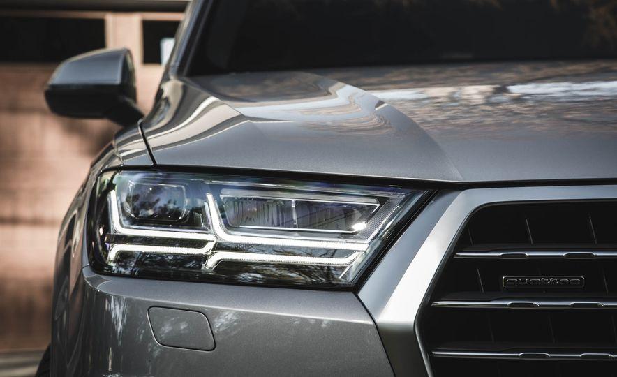 2017 Audi Q7 - Slide 5