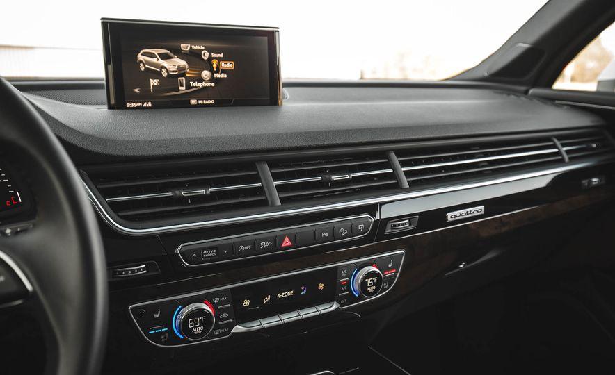2017 Audi Q7 - Slide 28