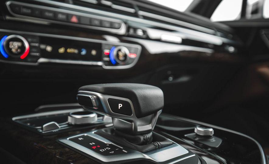 2017 Audi Q7 - Slide 31