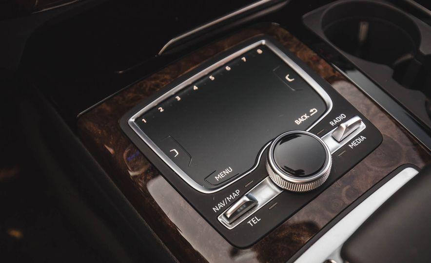 2017 Audi Q7 - Slide 33