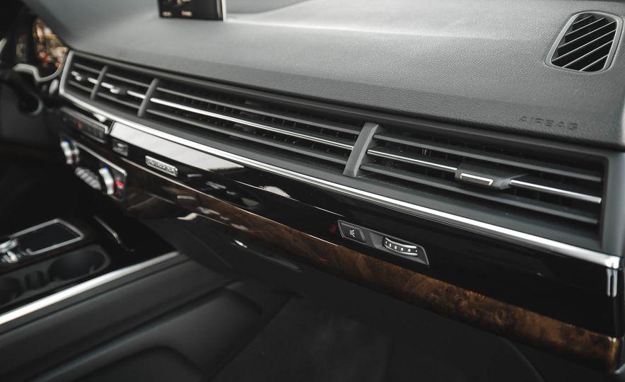 2017 Audi Q7 - Slide 35