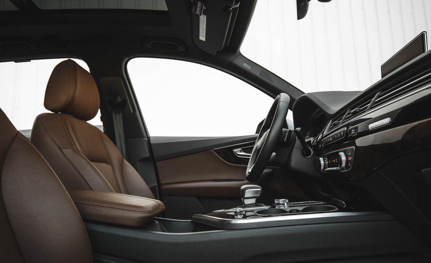 2017 Audi Q7 - Slide 37