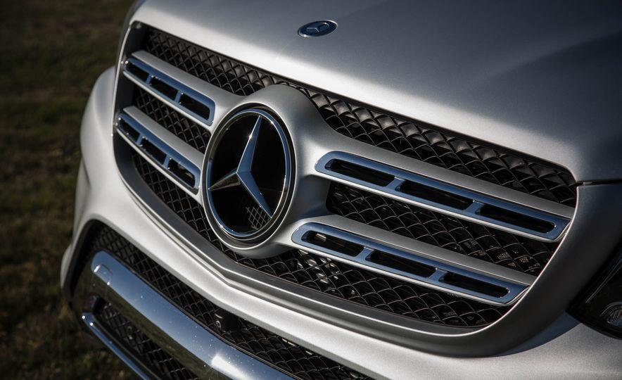 2017 Mercedes-Benz GLS450 4MATIC - Slide 5