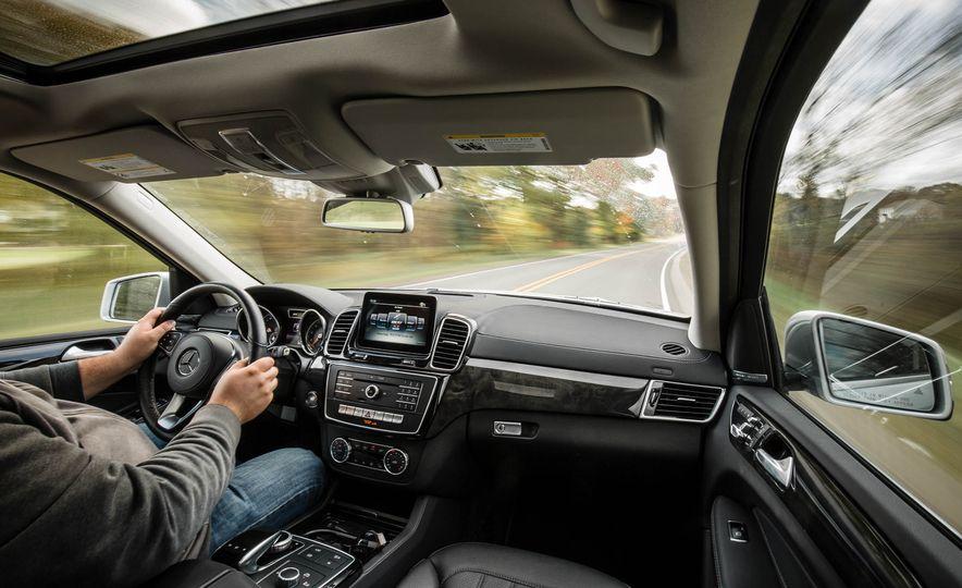 2017 Mercedes-Benz GLS450 4MATIC - Slide 11