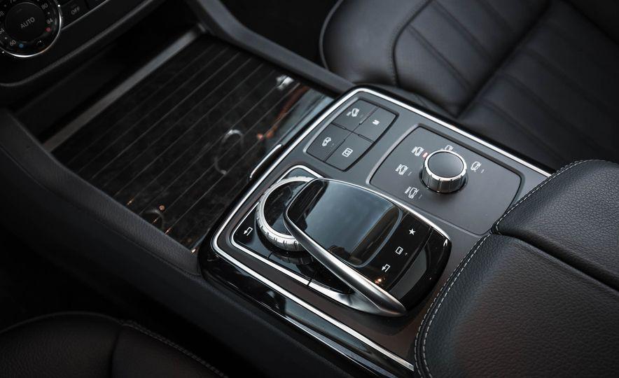 2017 Mercedes-Benz GLS450 4MATIC - Slide 20