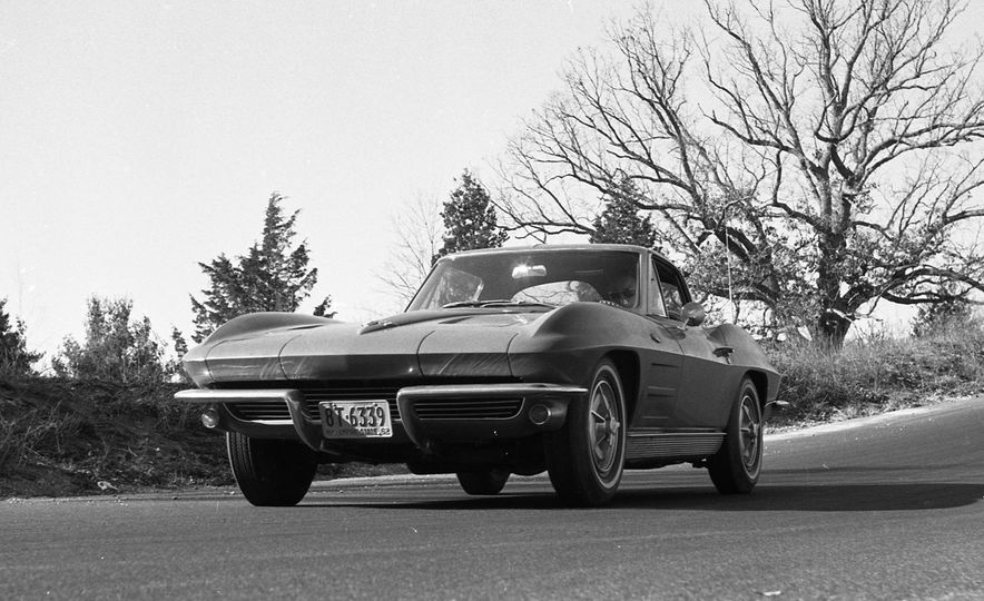 Chevrolet Corvette: A Brief History in Zero-to-60-MPH Acceleration - Slide 9