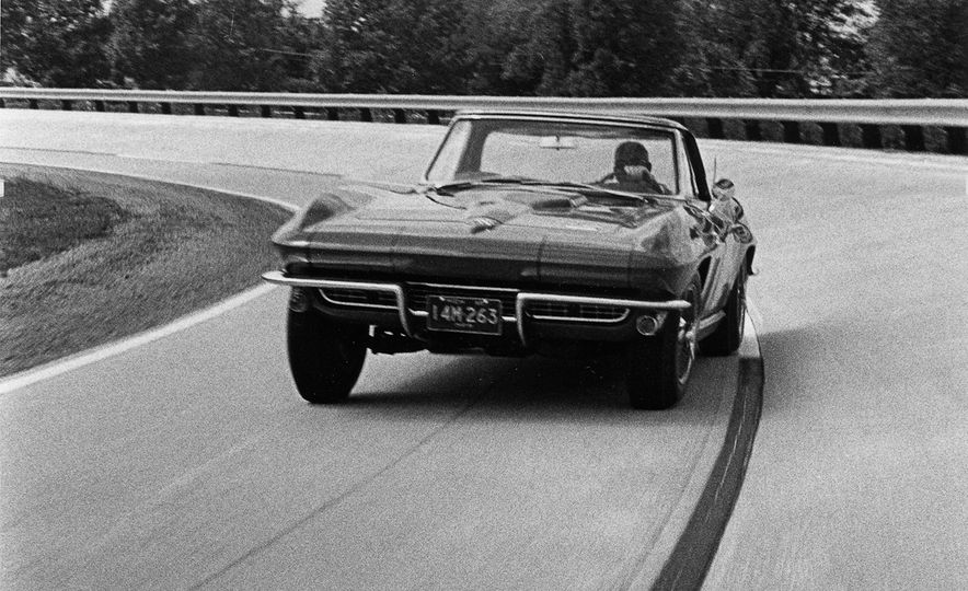 Chevrolet Corvette: A Brief History in Zero-to-60-MPH Acceleration - Slide 11