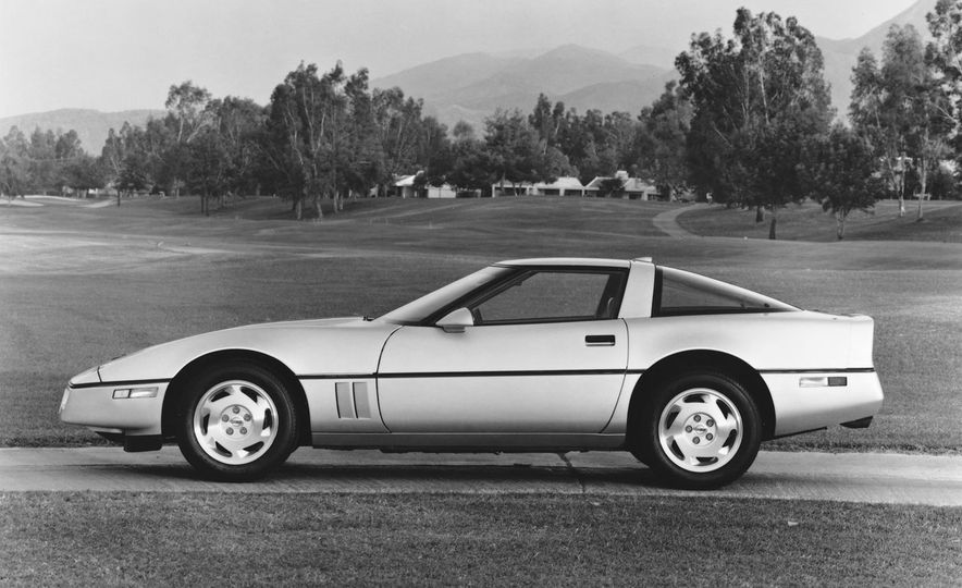 Chevrolet Corvette: A Brief History in Zero-to-60-MPH Acceleration - Slide 22