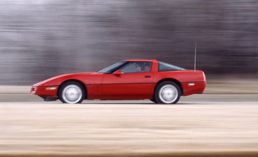 Chevrolet Corvette: A Brief History in Zero-to-60-MPH Acceleration - Slide 23