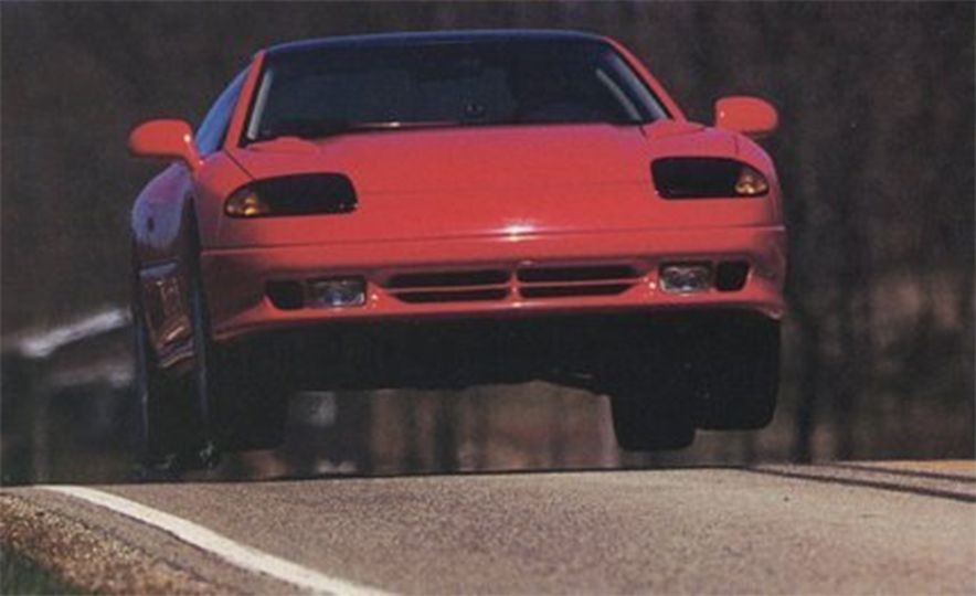 Sweet Jumps: Here Are a Bunch of Pictures of Cars Flying through the Air - Slide 6