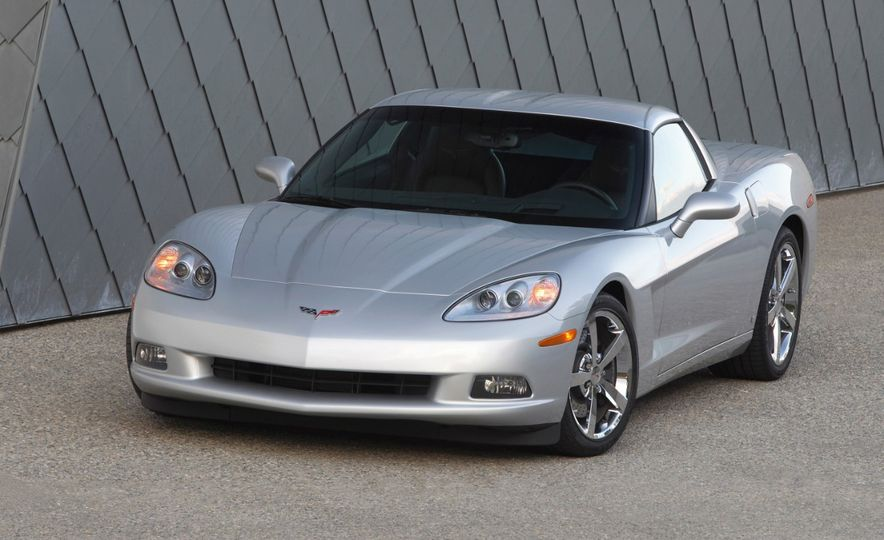 Chevrolet Corvette: A Brief History in Zero-to-60-MPH Acceleration - Slide 32