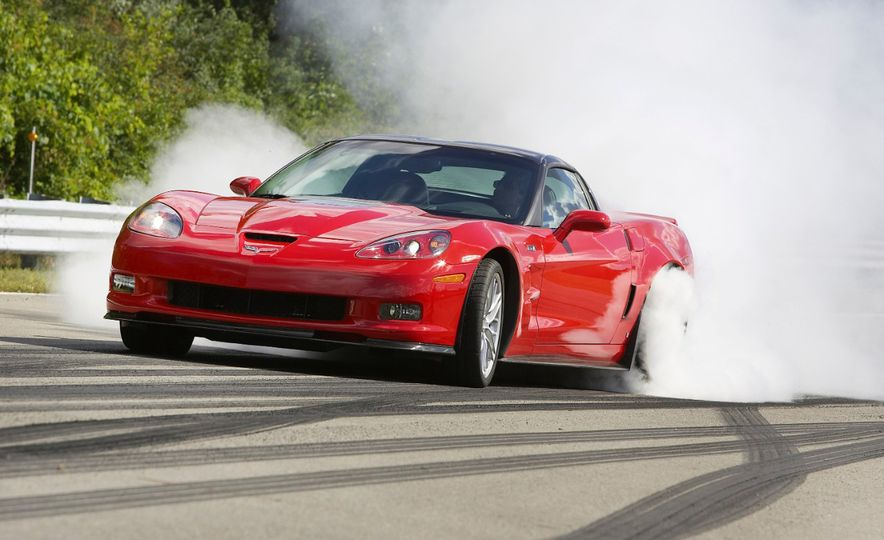 Chevrolet Corvette: A Brief History in Zero-to-60-MPH Acceleration - Slide 33
