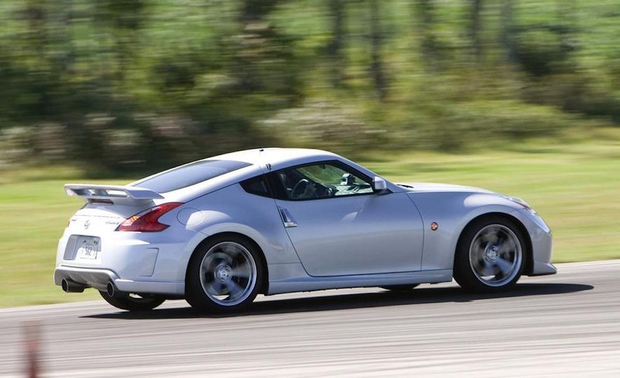My Fair Lady: A Visual History of the Nissan Z-Car - Slide 33