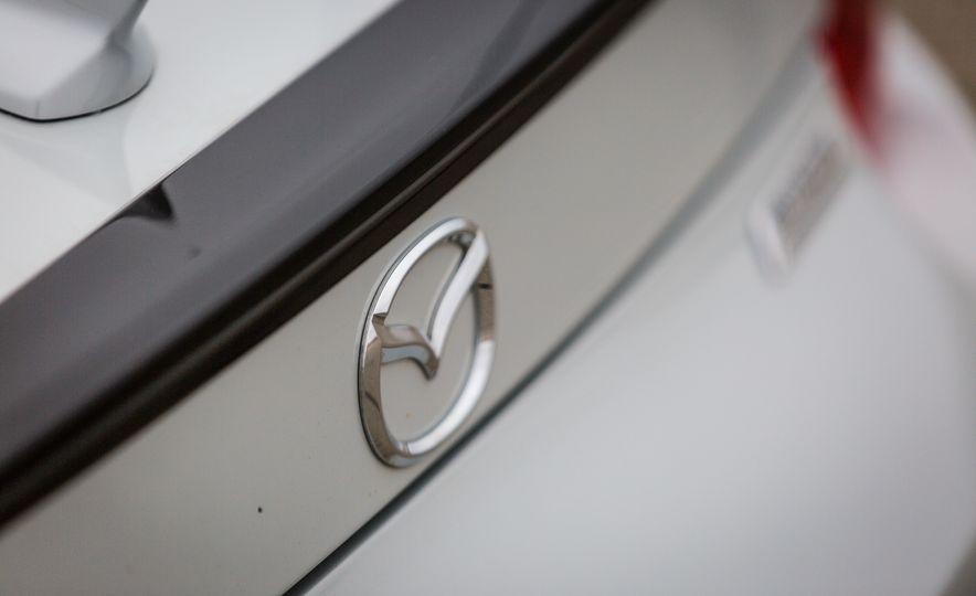 2016 Mazda MX-5 Miata - Slide 42
