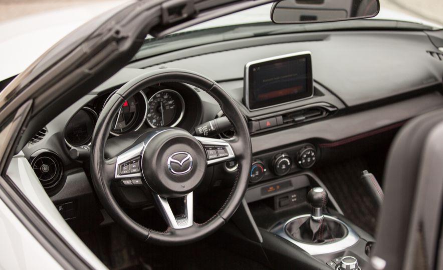 2016 Mazda MX-5 Miata - Slide 45