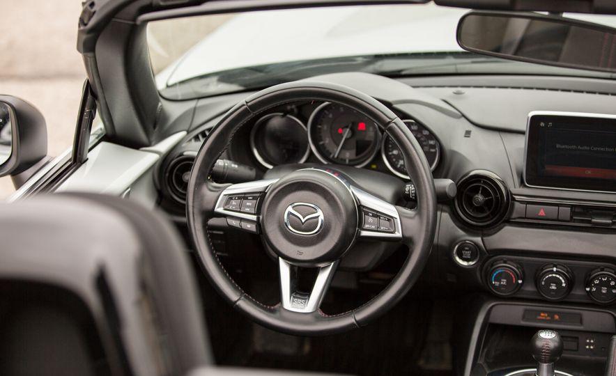 2016 Mazda MX-5 Miata - Slide 46
