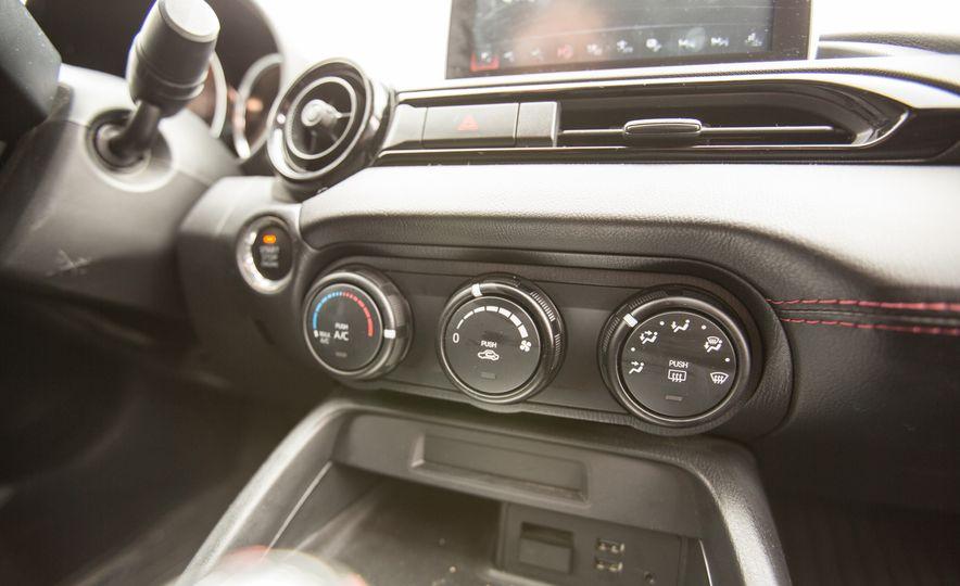 2016 Mazda MX-5 Miata - Slide 54