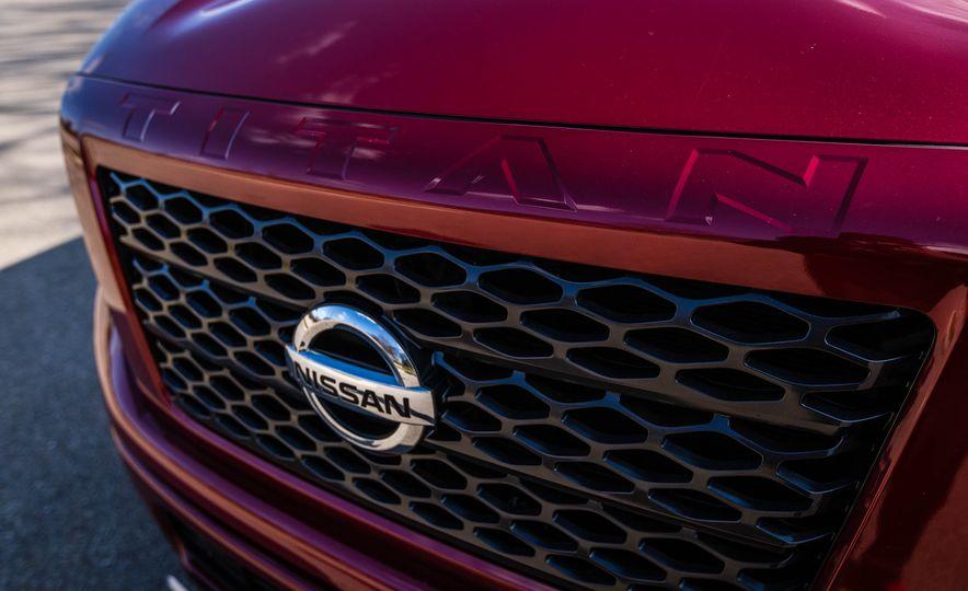 2016 Nissan Titan XD 4x4 diesel - Slide 37