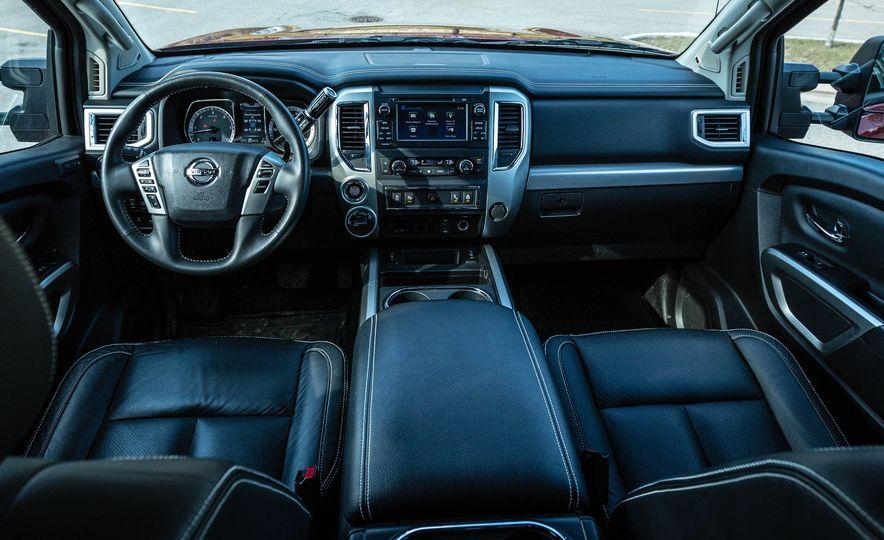 2016 Nissan Titan XD 4x4 diesel - Slide 44