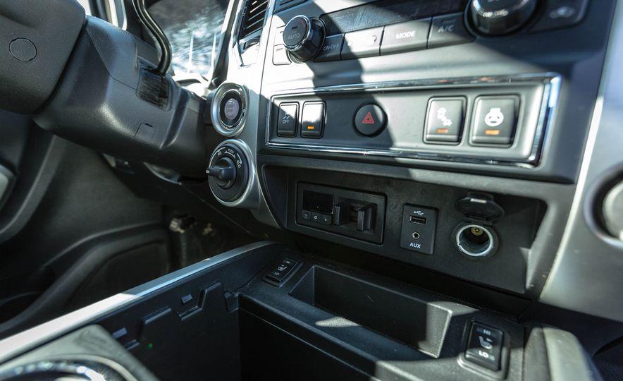 2016 Nissan Titan XD 4x4 diesel - Slide 51