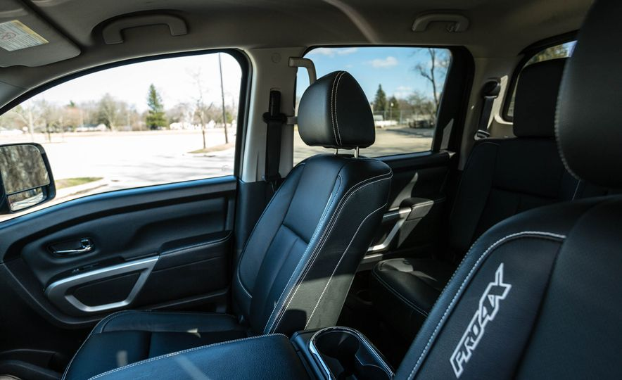 2016 Nissan Titan XD 4x4 diesel - Slide 55