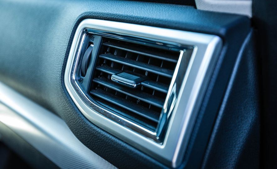 2016 Nissan Titan XD 4x4 diesel - Slide 59