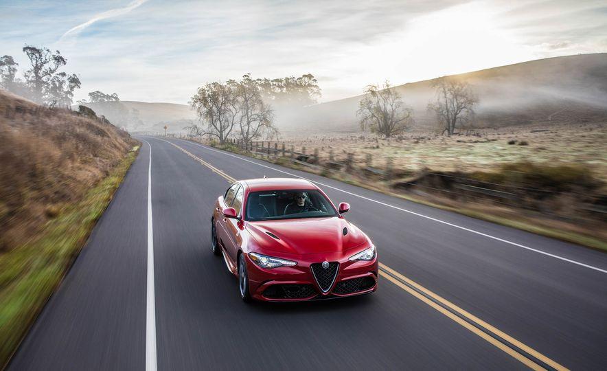 2017 Alfa Romeo Giulia Quadrifoglio - Slide 7