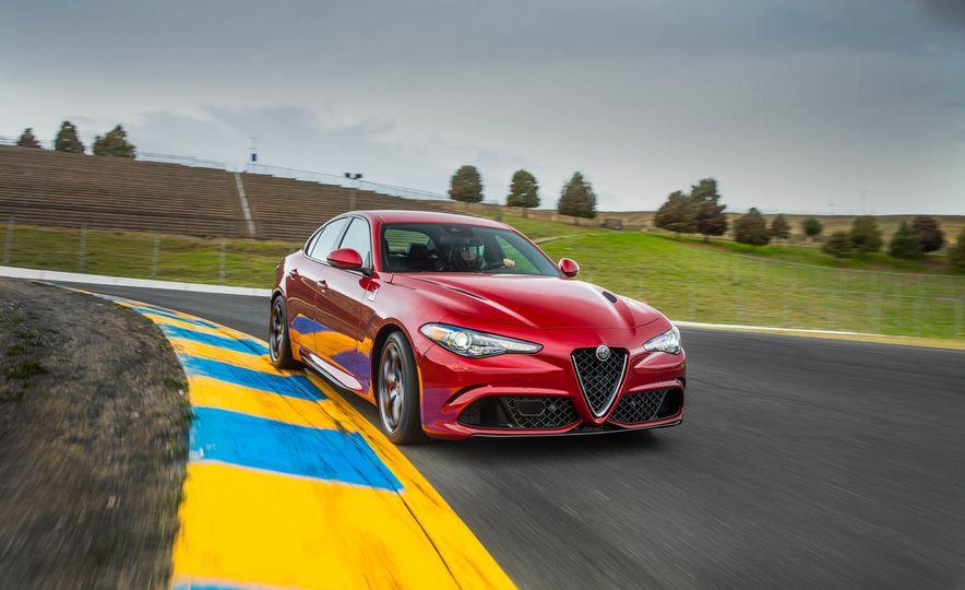 2017 Alfa Romeo Giulia Quadrifoglio - Slide 15