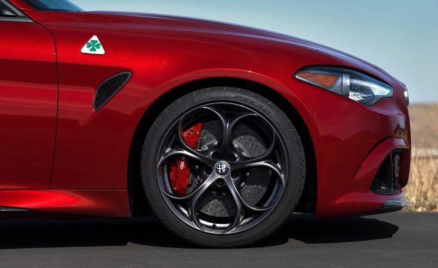 2017 Alfa Romeo Giulia Quadrifoglio - Slide 42