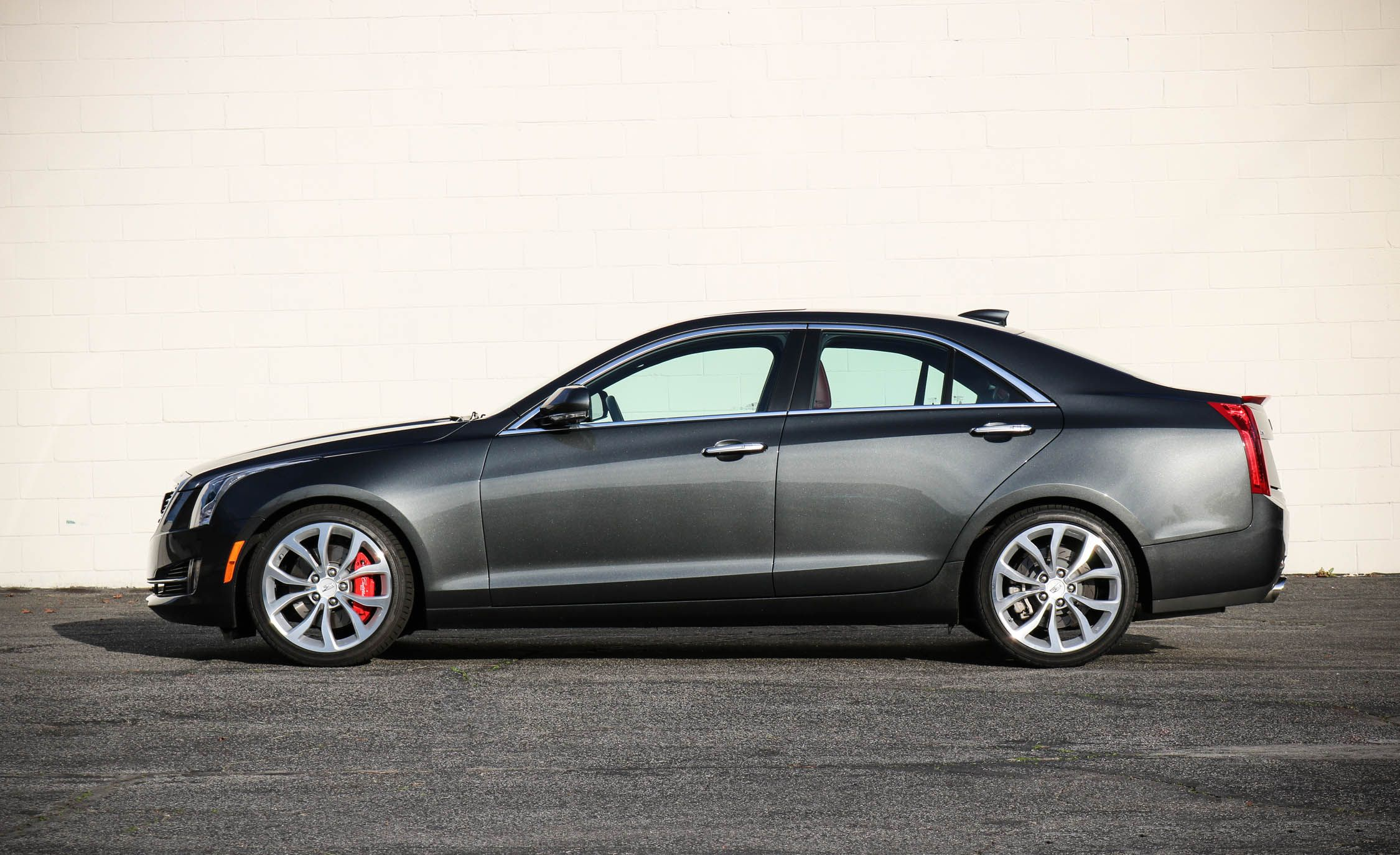 vehicles sedans cadillac l driving powerful ats highlights sedan