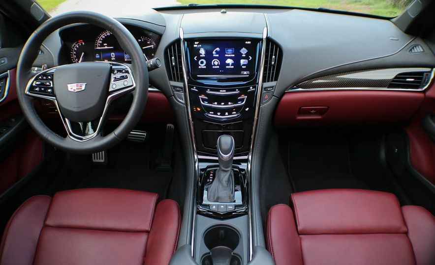 2020 Cadillac CT5 (spy photo) - Slide 10