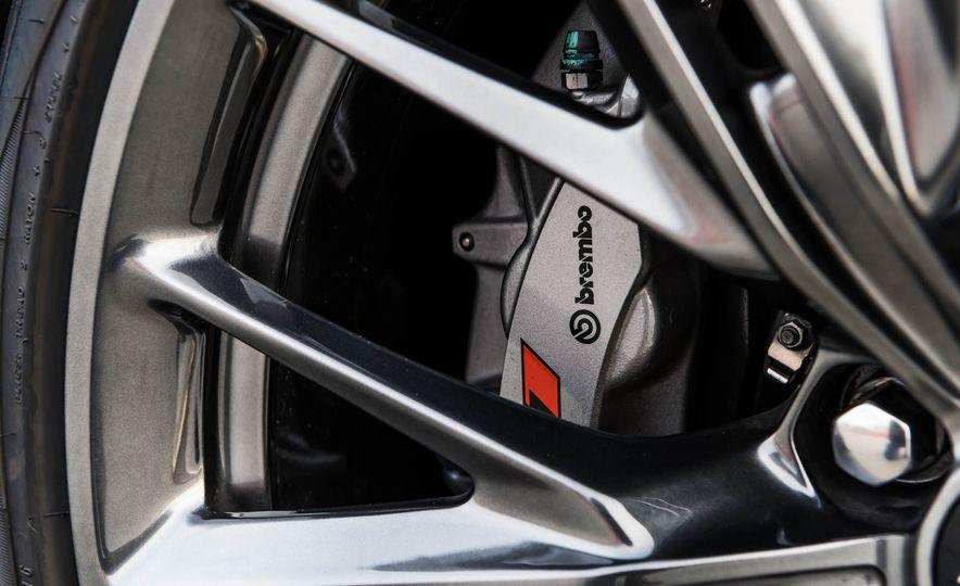2017 Chevrolet Camaro ZL1 coupe - Slide 24