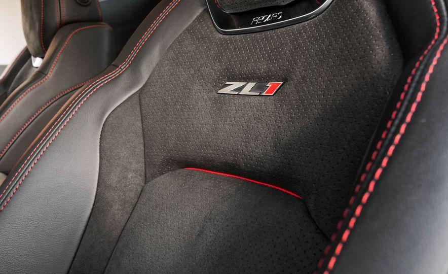 2017 Chevrolet Camaro ZL1 coupe - Slide 28