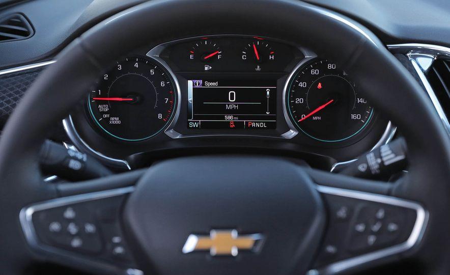 2017 Chevrolet Malibu LT - Slide 41