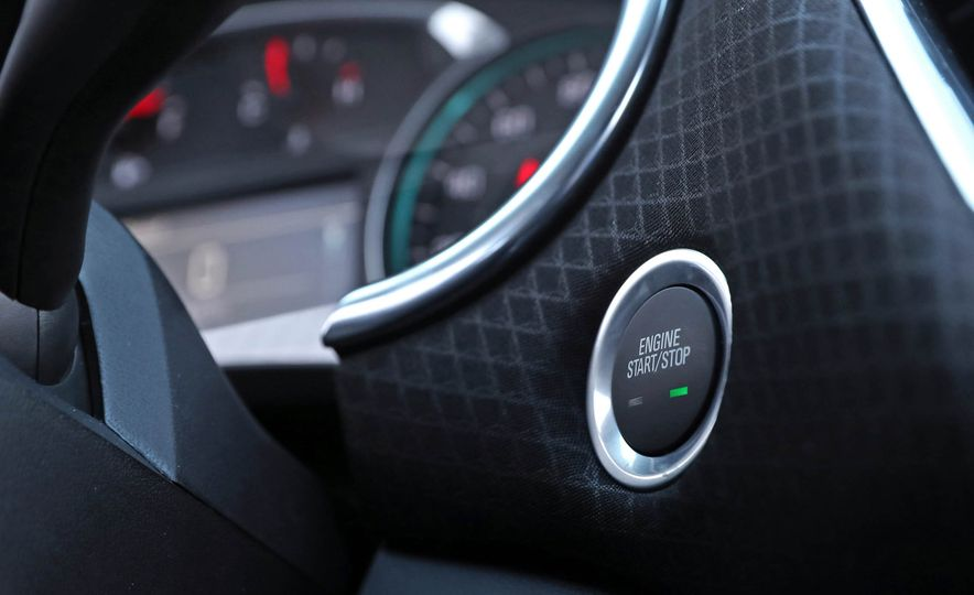 2017 Chevrolet Malibu LT - Slide 44