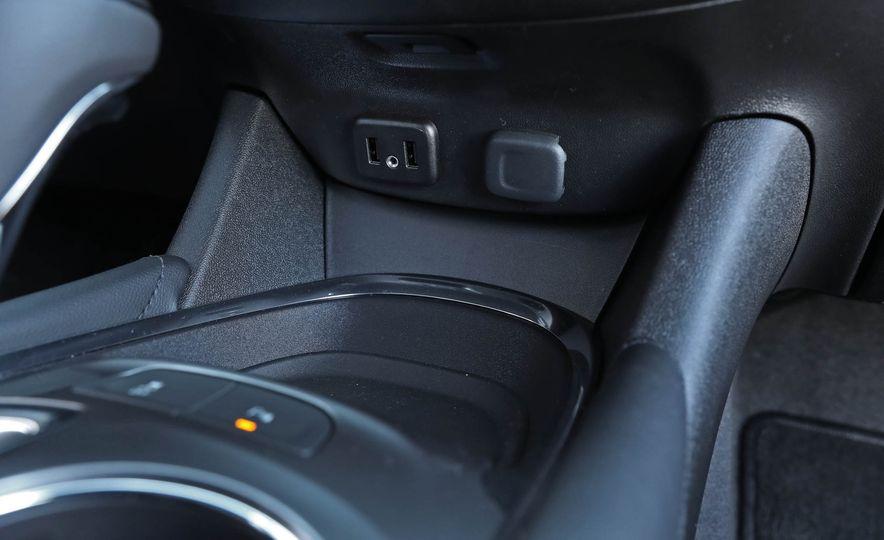 2017 Chevrolet Malibu LT - Slide 55
