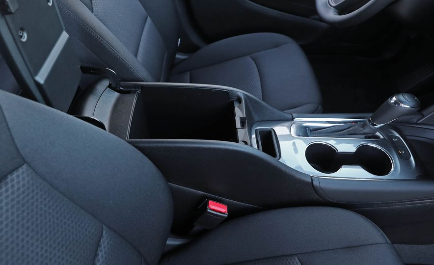 2017 Chevrolet Malibu LT - Slide 58
