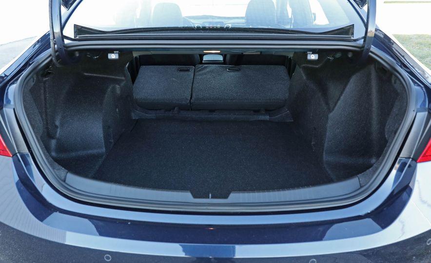 2017 Chevrolet Malibu LT - Slide 61
