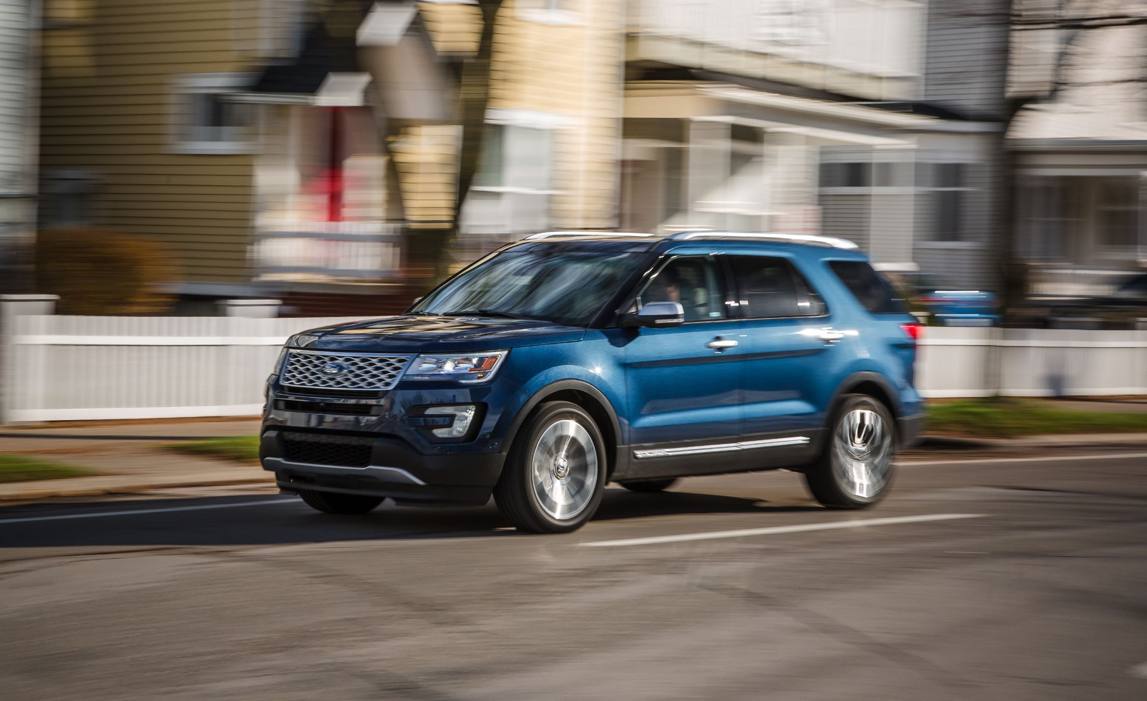 2016 ford explorer platinum first drive review car and driver