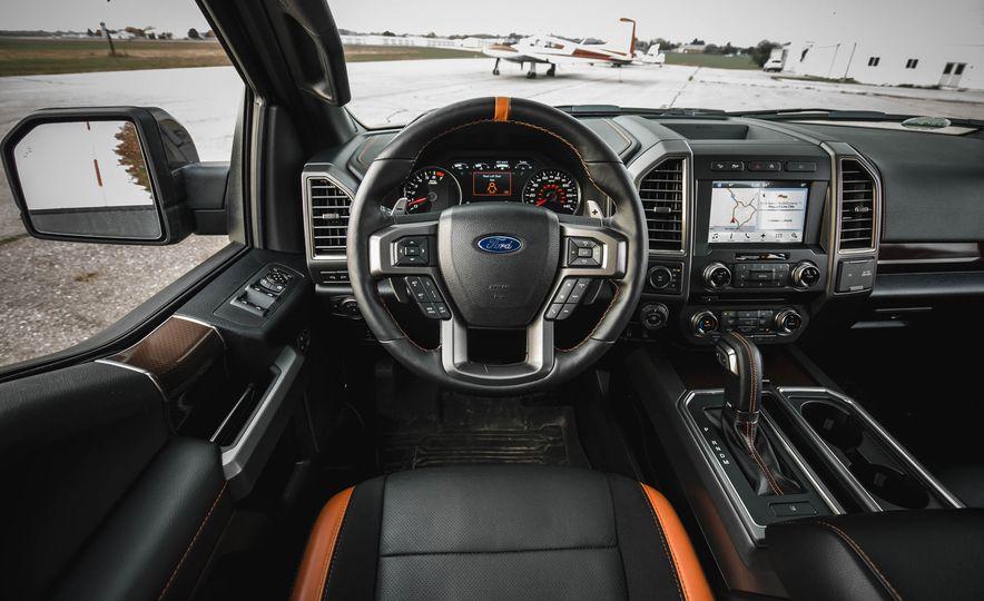 2017 Ford F-150 Raptor - Slide 39